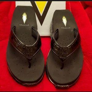 New w/o box Volatile flip flops sz6